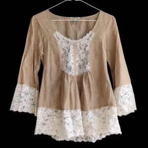 Lucca Lace Long Sleeve Blouse